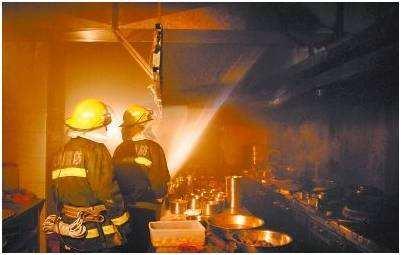 商用厨房怎么避免火灾